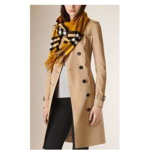 NEW Burberry Cashmere Giant Check Scarf